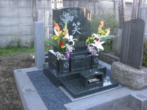 洋型墓石 イラスト彫刻 花彫刻